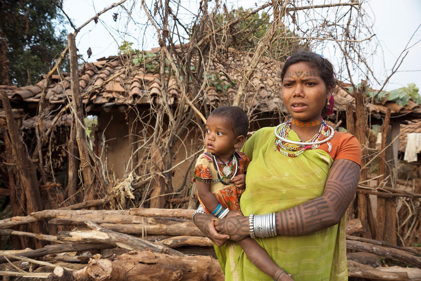 नसबंदी का लक्ष्य बना बैगा आदिवासियों का दुशमन
