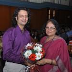 Delhi Heritage Quiz_quizmaster with principal, Miranda House