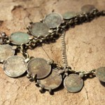 Sakdi,-traditional-coin-necklace